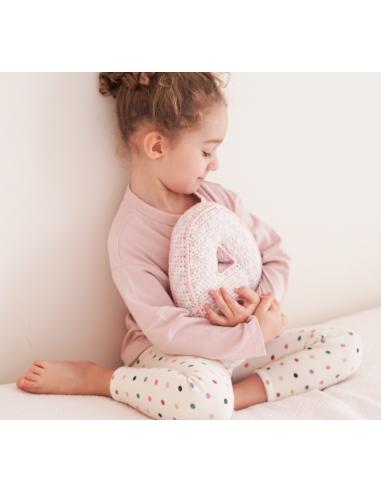 Cojín letra crochet